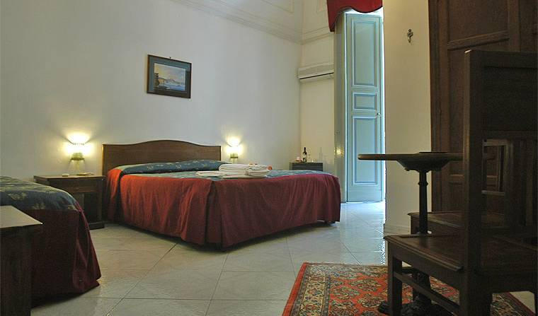 Miseria E Nobilta' -  Napoli, Michelin rated bed & breakfasts in Anacapri, Italy 13 photos